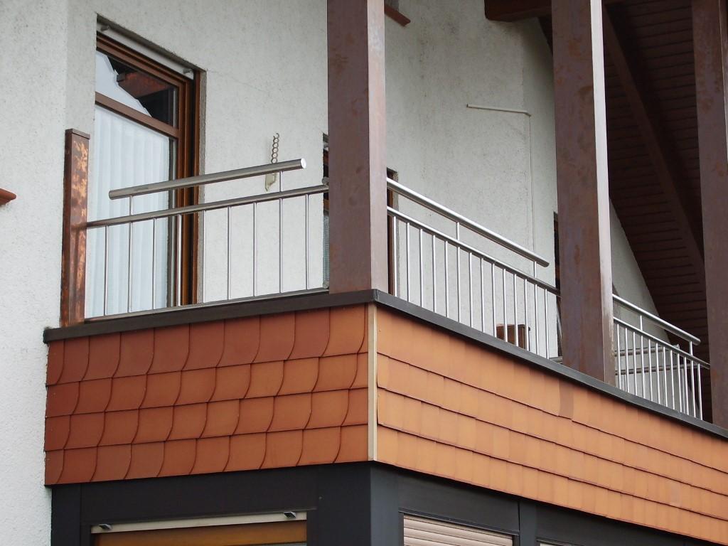 http://creativmetall-modritsch.de/Originale/balkon3.JPG